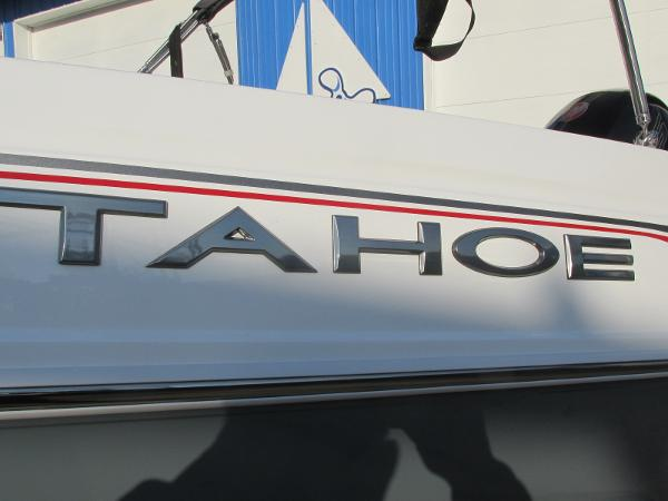 2021 Tahoe boat for sale, model of the boat is 210 S & Image # 4 of 40