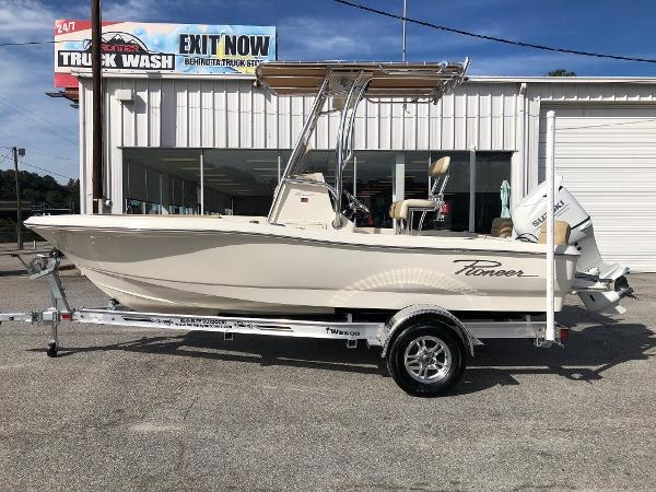 2021 Pioneer boat for sale, model of the boat is 180 Islander & Image # 7 of 24