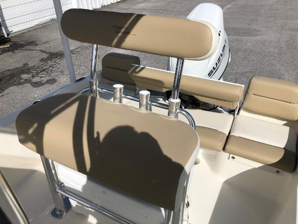 2021 Pioneer boat for sale, model of the boat is 180 Islander & Image # 19 of 24