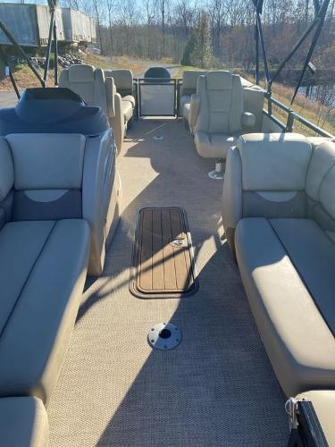 2021 Regency boat for sale, model of the boat is 230 DL3 & Image # 3 of 26