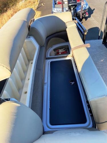 2021 Regency boat for sale, model of the boat is 230 DL3 & Image # 5 of 26