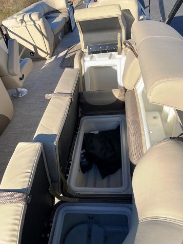2021 Regency boat for sale, model of the boat is 230 DL3 & Image # 14 of 26