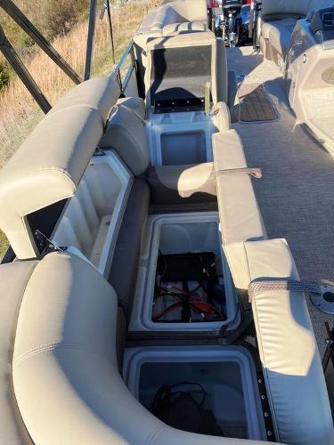2021 Regency boat for sale, model of the boat is 230 DL3 & Image # 17 of 26