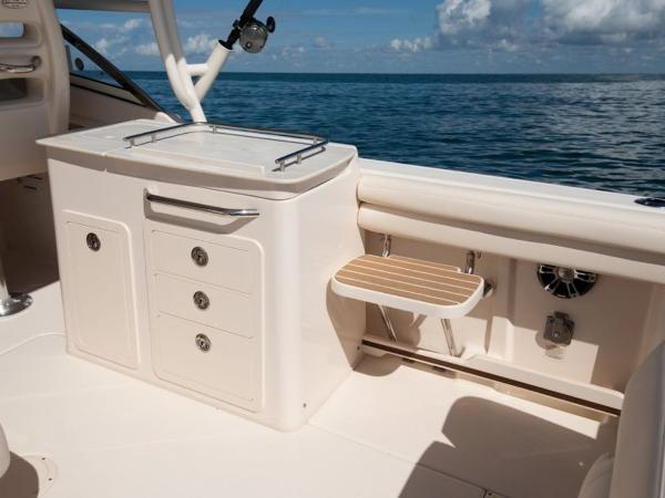 2021 Grady-White boat for sale, model of the boat is Freedom 275 & Image # 12 of 23