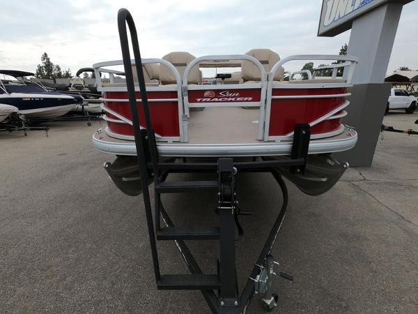 2021 Sun Tracker boat for sale, model of the boat is Fishin' Barge 20 DLX & Image # 6 of 15