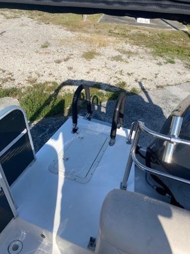 2015 Hurricane boat for sale, model of the boat is 196 FUNDECK & Image # 12 of 23