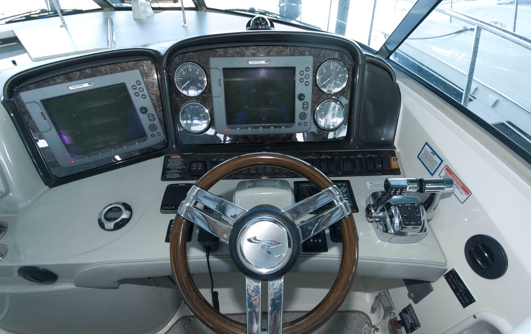 V 5488 TW Knot 10 Yacht Sales