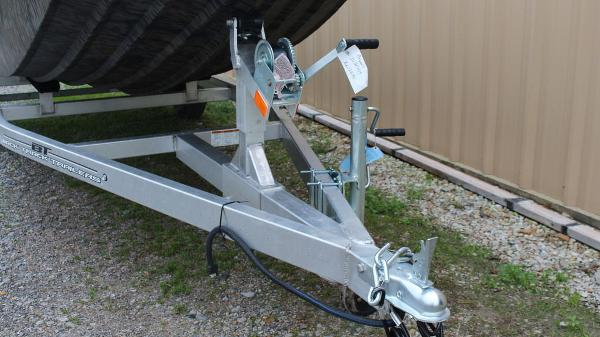 2020 Xpress boat for sale, model of the boat is HD16DBX & Image # 3 of 9
