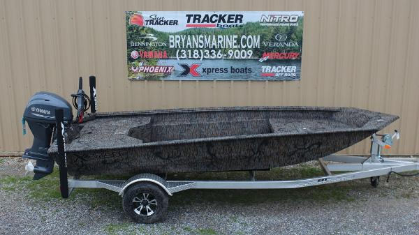 2020 Xpress boat for sale, model of the boat is HD16DBX & Image # 5 of 9