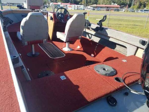 1989 Smoker Craft boat for sale, model of the boat is 17' Fazer & Image # 3 of 11