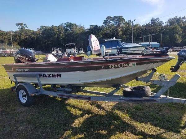 1989 Smoker Craft boat for sale, model of the boat is 17' Fazer & Image # 1 of 11