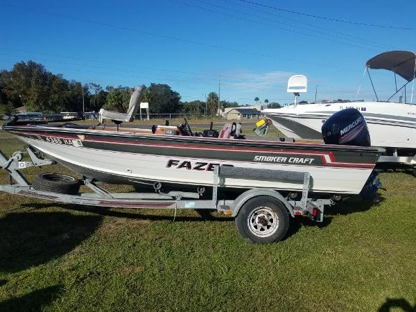1989 Smoker Craft boat for sale, model of the boat is 17' Fazer & Image # 2 of 11