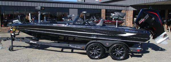 2021 Triton boat for sale, model of the boat is 20 TRX Patriot & Image # 1 of 6