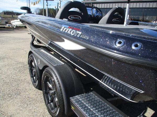 2021 Triton boat for sale, model of the boat is 20 TRX Patriot & Image # 2 of 6