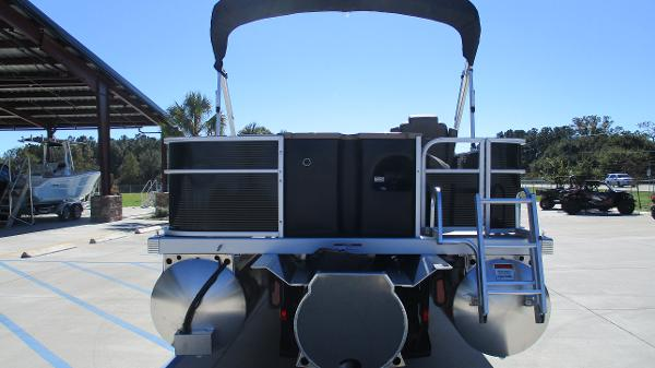 2021 Bennington boat for sale, model of the boat is 22 SF & Image # 8 of 50