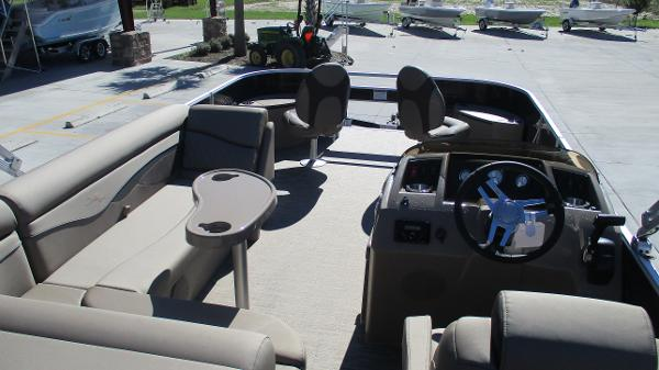 2021 Bennington boat for sale, model of the boat is 22 SF & Image # 46 of 50