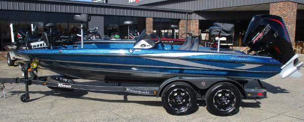 2021 Triton boat for sale, model of the boat is 189 TRX & Image # 9 of 10