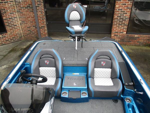 2021 Triton boat for sale, model of the boat is 189 TRX & Image # 10 of 10