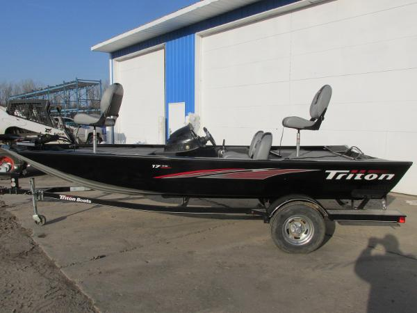 2017 TRITON 17 TX for sale