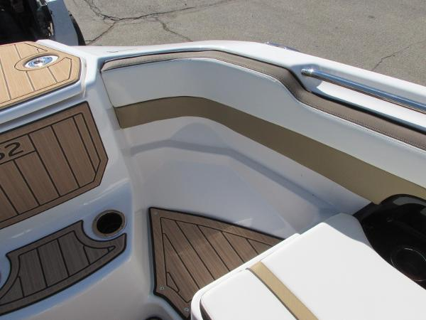 2021 Yamaha boat for sale, model of the boat is 252S & Image # 18 of 41