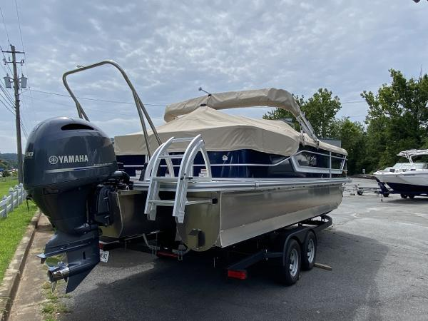 2021 G3 Boats boat for sale, model of the boat is FUSION 324 SS & Image # 2 of 5