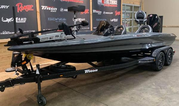 2021 Triton boat for sale, model of the boat is 20 TRX Patriot & Image # 7 of 17