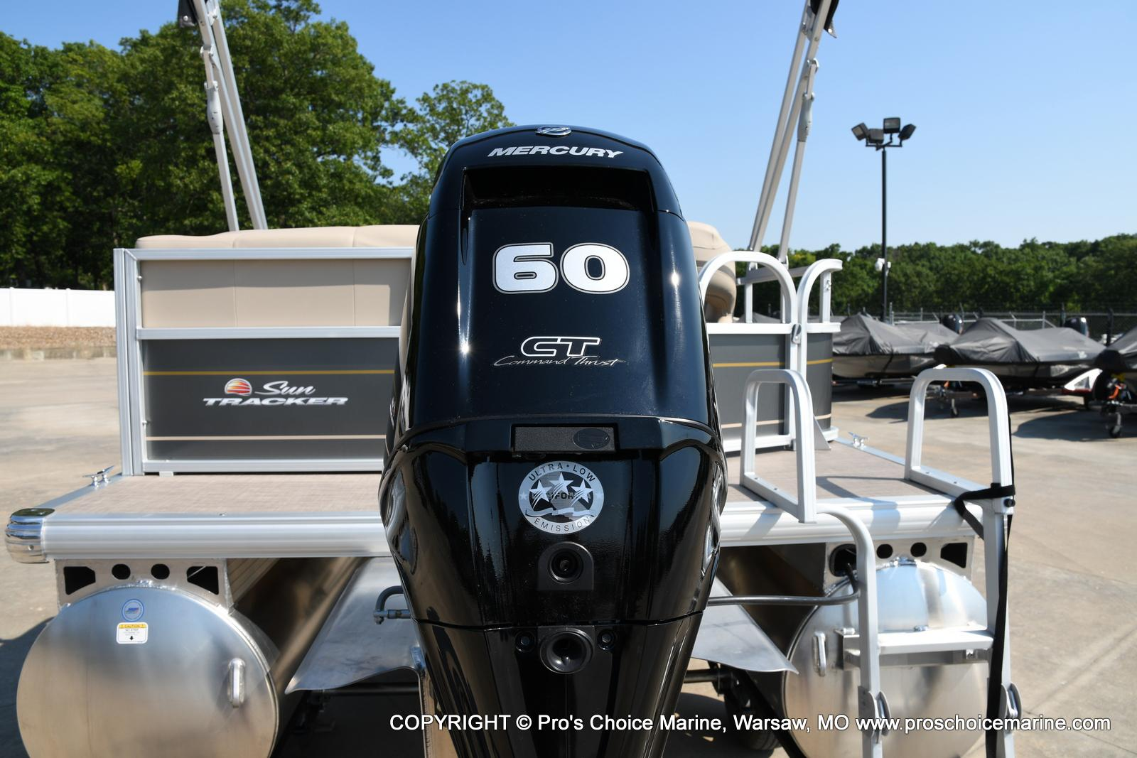 2021 Sun Tracker boat for sale, model of the boat is Party Barge 18 DLX & Image # 30 of 50