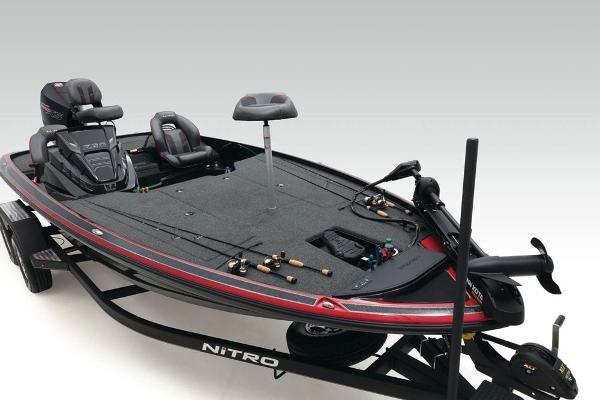 2020 Nitro boat for sale, model of the boat is Z20 & Image # 12 of 52