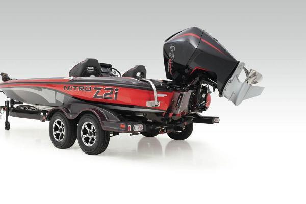 2020 Nitro boat for sale, model of the boat is Z21 & Image # 11 of 47
