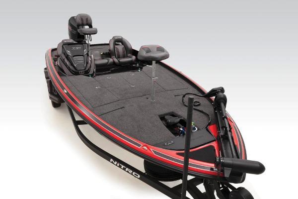 2020 Nitro boat for sale, model of the boat is Z21 & Image # 38 of 47