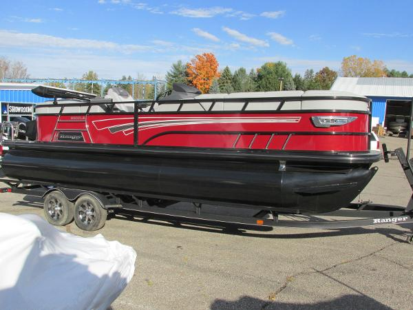 2021 Ranger Boats boat for sale, model of the boat is 2300LS & Image # 2 of 39