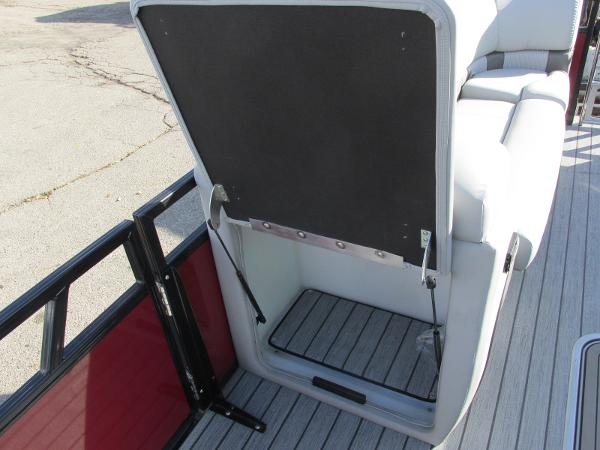 2021 Ranger Boats boat for sale, model of the boat is 2300LS & Image # 15 of 39