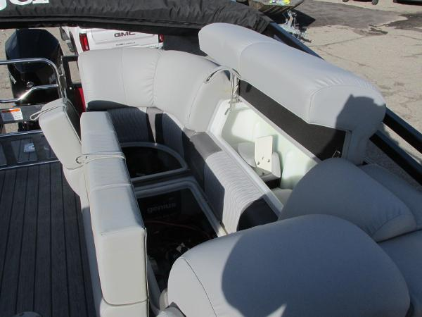 2021 Ranger Boats boat for sale, model of the boat is 2300LS & Image # 20 of 39