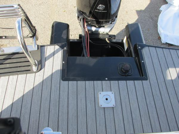 2021 Ranger Boats boat for sale, model of the boat is 2300LS & Image # 23 of 39
