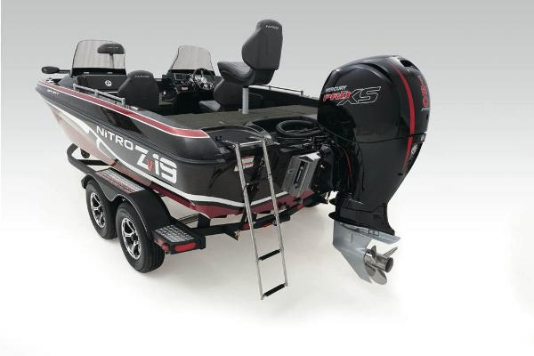 2020 Nitro boat for sale, model of the boat is ZV19 Sport & Image # 37 of 39