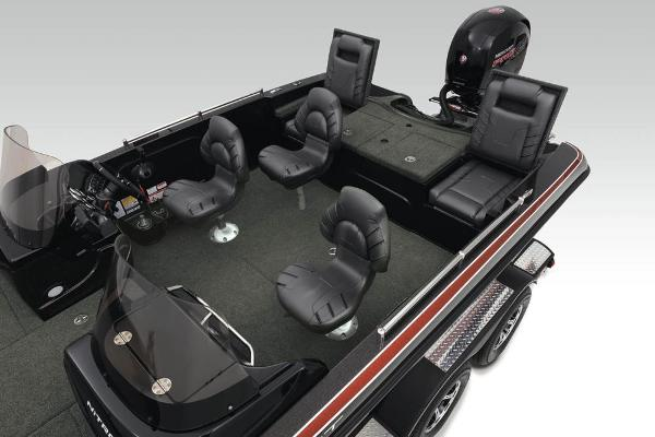 2020 Nitro boat for sale, model of the boat is ZV19 Sport & Image # 14 of 39