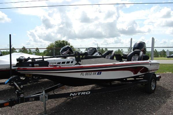 2019 Nitro boat for sale, model of the boat is Z18 & Image # 1 of 12