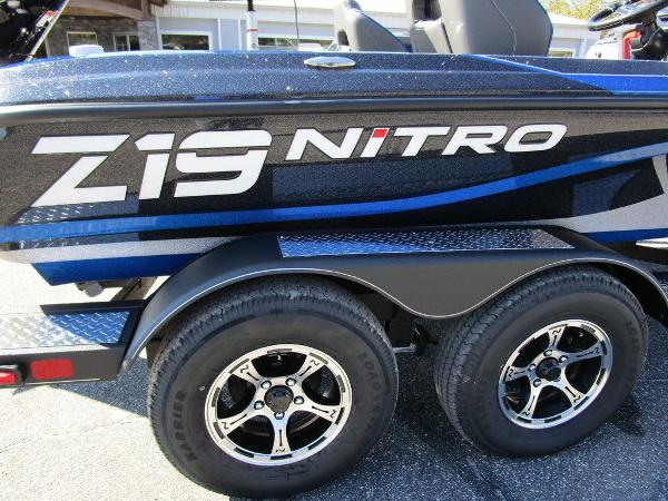 2021 Nitro boat for sale, model of the boat is Z19 Pro & Image # 2 of 28