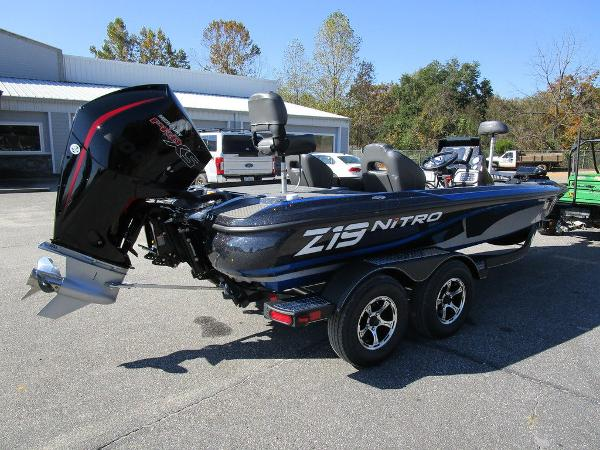2021 Nitro boat for sale, model of the boat is Z19 Pro & Image # 3 of 28