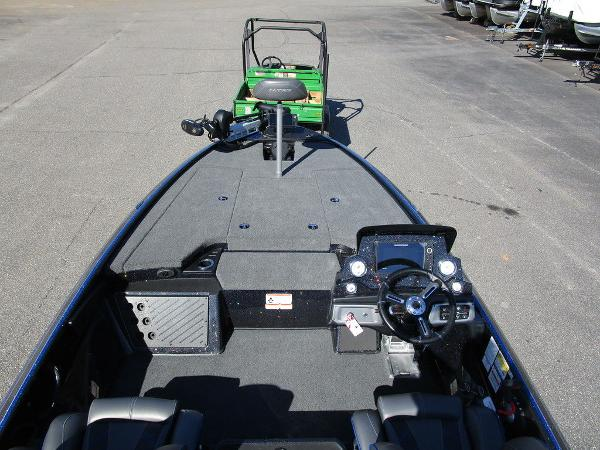 2021 Nitro boat for sale, model of the boat is Z19 Pro & Image # 15 of 28