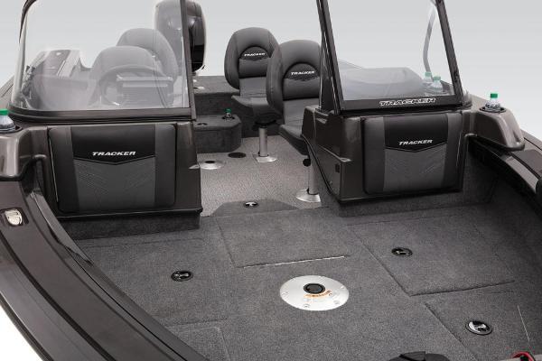 2020 Tracker Boats boat for sale, model of the boat is Targa V-19 WT & Image # 18 of 74
