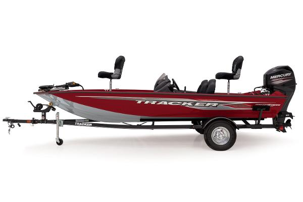 2022 Tracker Boats boat for sale, model of the boat is Pro Team 175 TXW & Image # 1 of 4