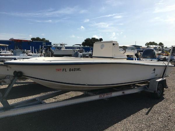1998 Legacy boat for sale, model of the boat is 19 CC & Image # 1 of 8