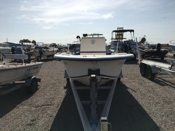 1998 Legacy boat for sale, model of the boat is 19 CC & Image # 4 of 8
