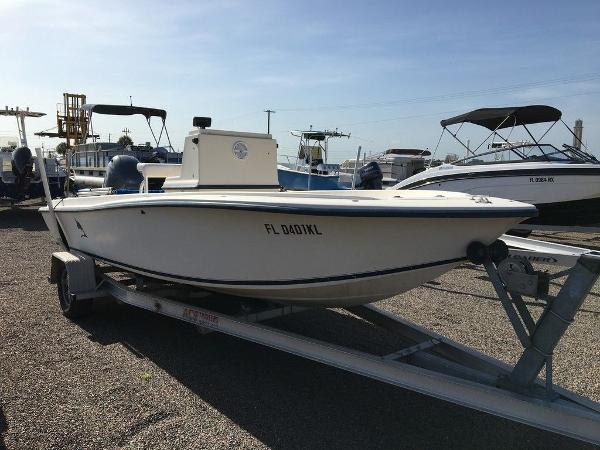 1998 Legacy boat for sale, model of the boat is 19 CC & Image # 8 of 8