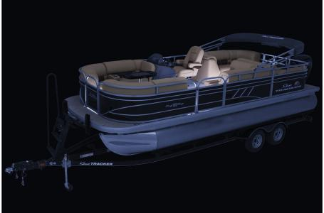 2021 Sun Tracker boat for sale, model of the boat is Party Barge 22 RF DLX & Image # 35 of 47