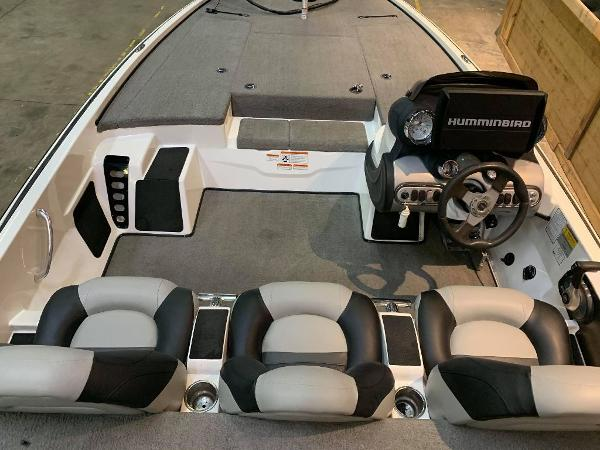 2009 Nitro boat for sale, model of the boat is Z8 & Image # 6 of 11