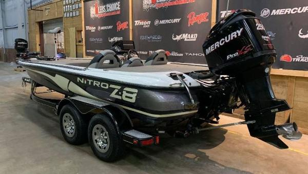 2009 Nitro boat for sale, model of the boat is Z8 & Image # 10 of 11