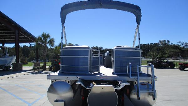 2021 Bennington boat for sale, model of the boat is 22 SSRX & Image # 8 of 54