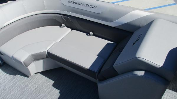 2021 Bennington boat for sale, model of the boat is 22 SSRX & Image # 14 of 54
